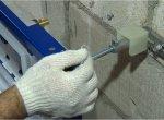 Крепление опорной рамы к несущей стене