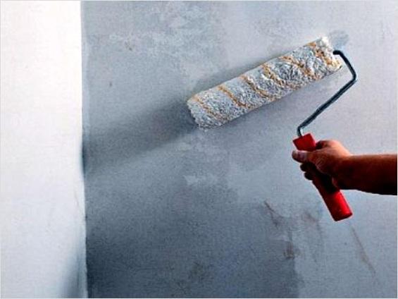Грунтовка стен перед поклейкой обоев: нужно ли и как правильно?