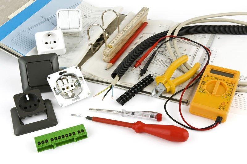 Инструменты для подключения выключателей