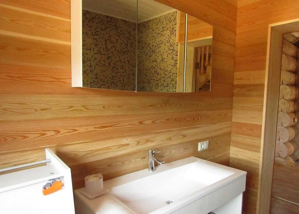 Отделка ванной лиственницей - красивая текстура, отличные характеристики
