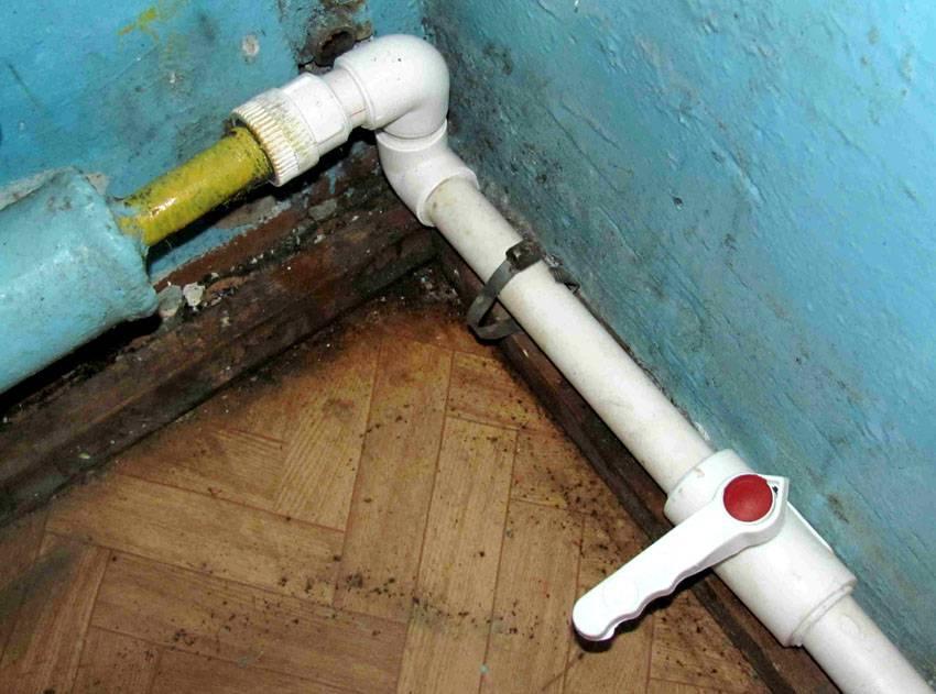 А это отопление открытого типа – полипропилен здесь применяется с достаточно большим сечением