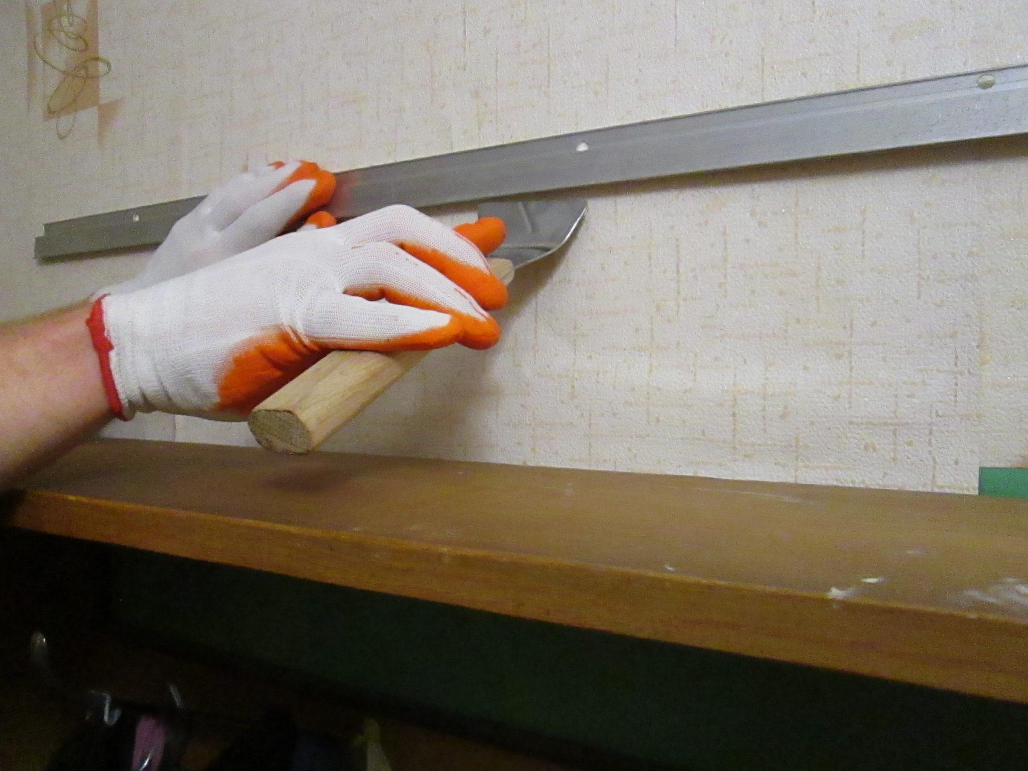 Шпатель (лопатка) для натяжных потолков
