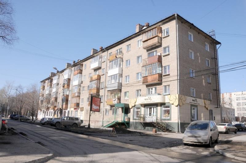 Один из домов с тесными квартирками