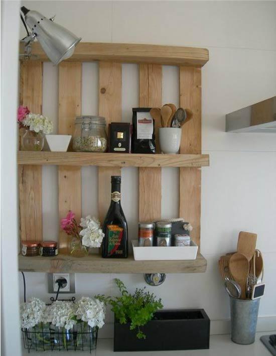 Кухонная полка из паллеты