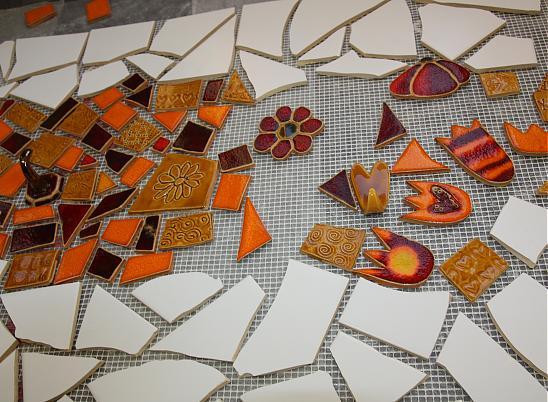 mozaika-iz-bitoj-plitki-25
