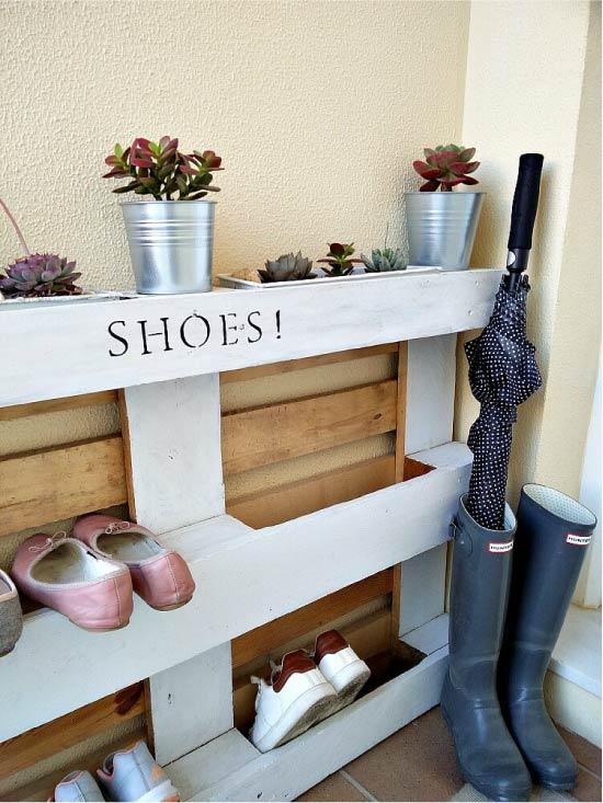 Полка для обуви из паллеты