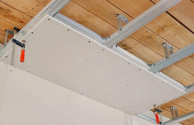 конструкция деревянного потолка