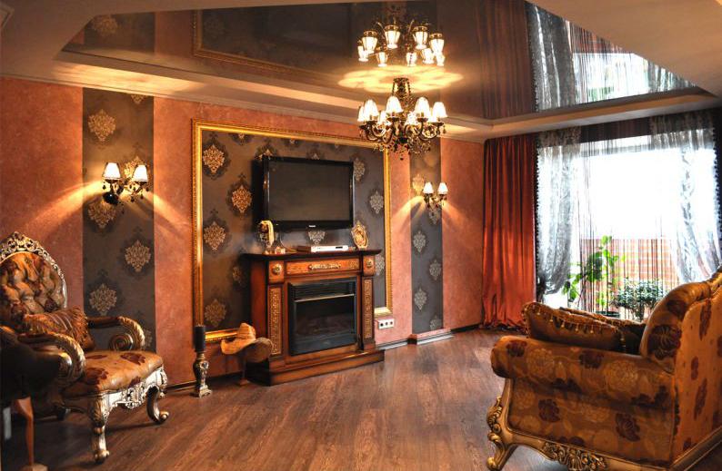 Дизайн маленькой гостиной с камином и телевизором