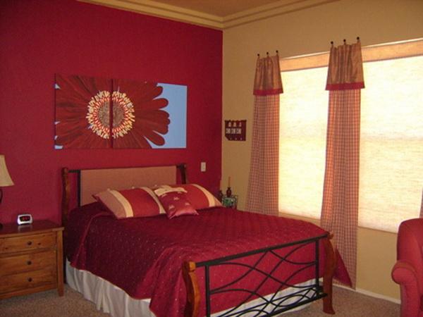 как красиво наклеить обои в спальне двух цветов фото 8