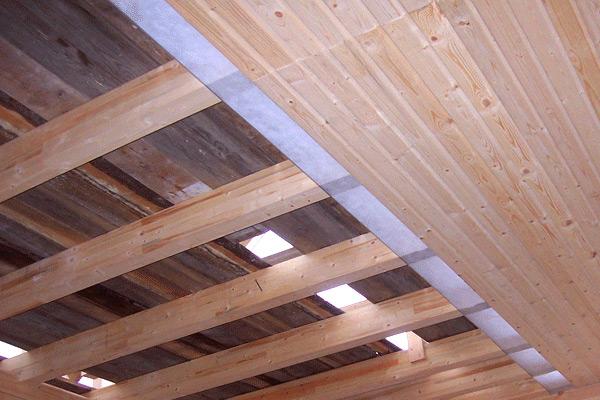 Ремонт деревянного потолка фото 1