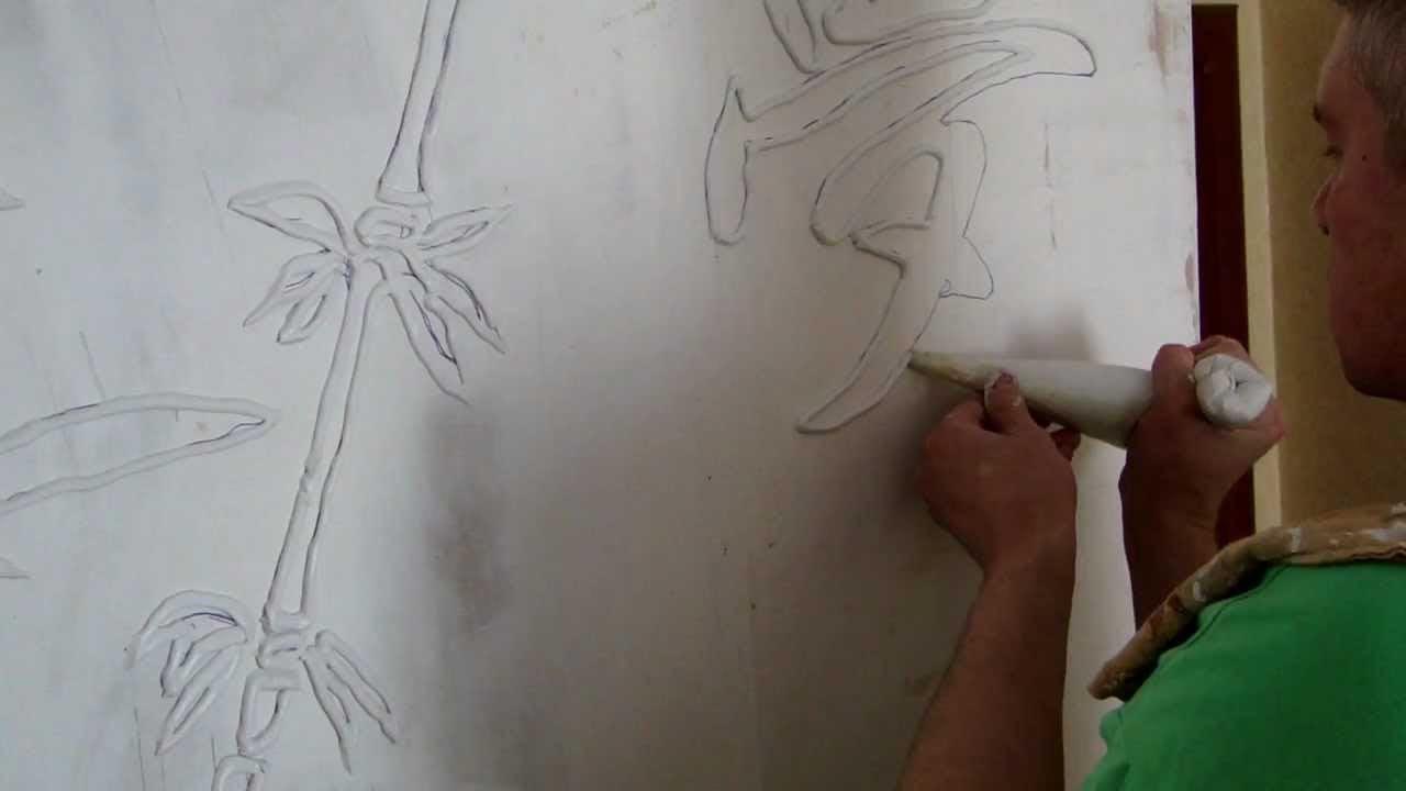 Создание рисунка шпаклевкой на стене