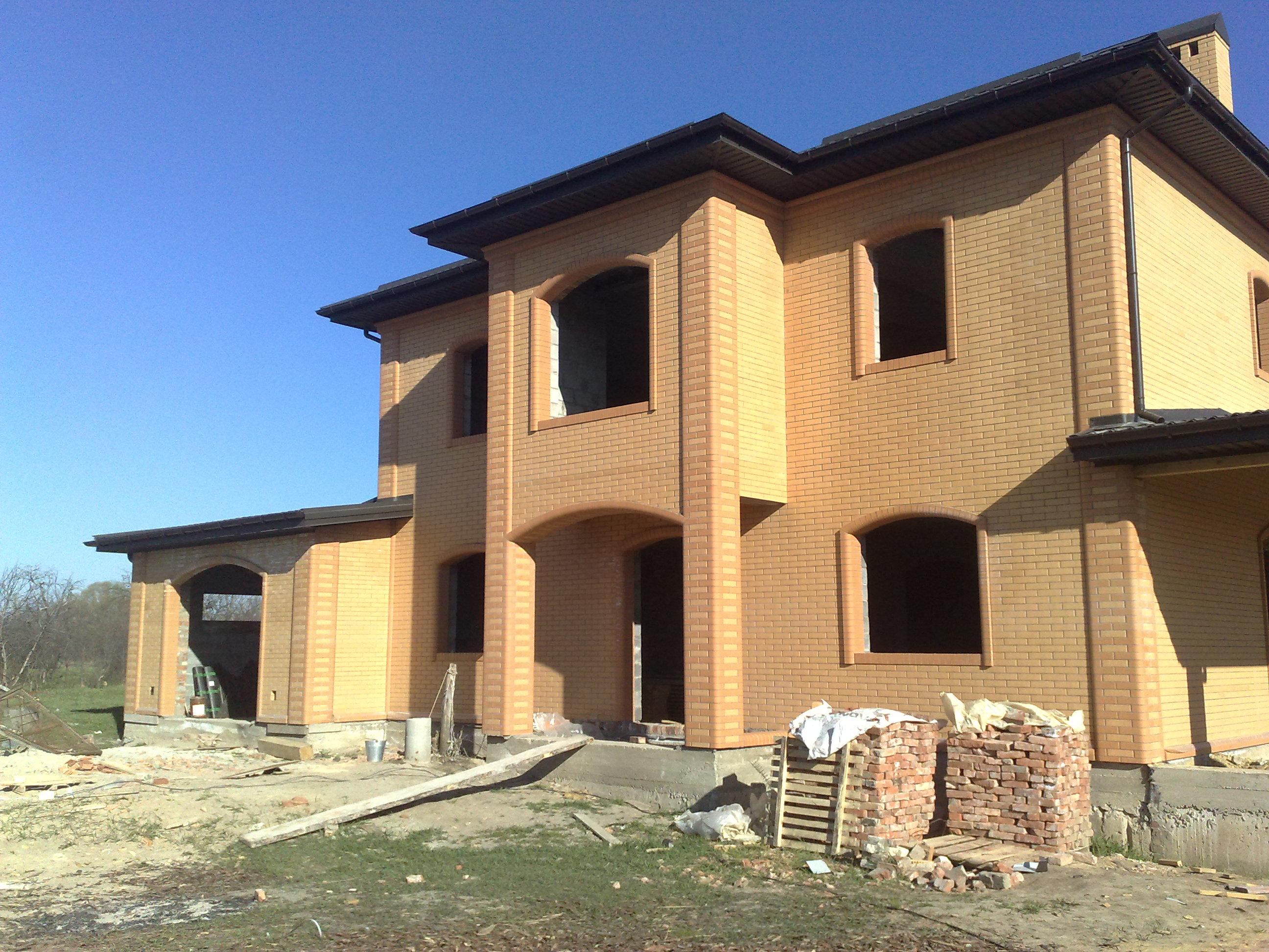 Строительство кирпичного дома на дачном участке